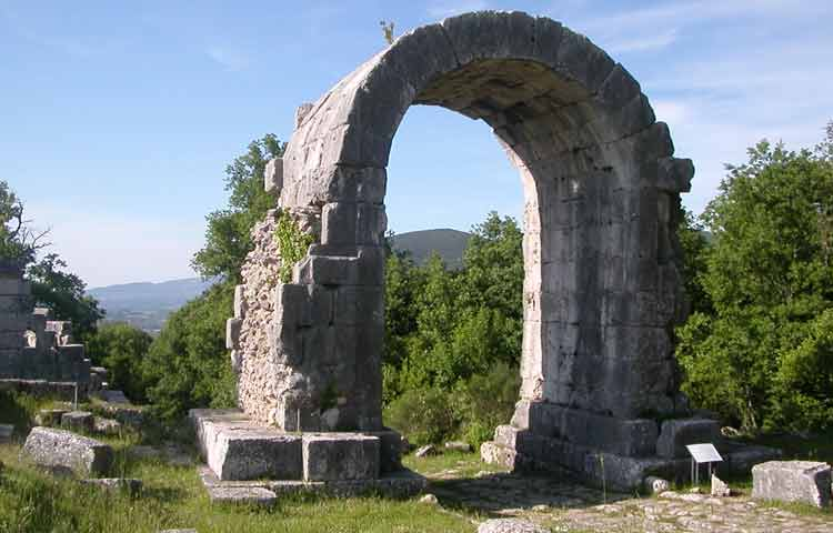 Umbria Carsulae Archaeological Park Tour